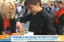 Podarilo sa mu kúpiť iPhone 6 ako prvému: To, čo s ním spravil v živom prenose teraz baví celý svet!