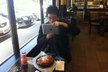 Smartfóny v reštaurácii: Ako fotenie jedla spôsobilo chaos