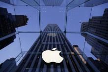 Hodnota Apple práve presiahla 700 miliárd dolárov