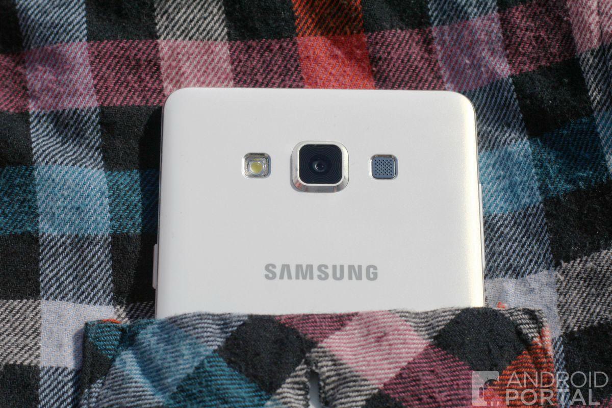 Samsung-galaxy-a7-1-1200-w