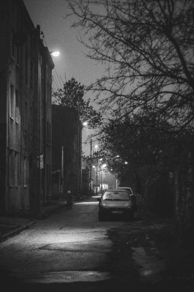 city-night-street-car