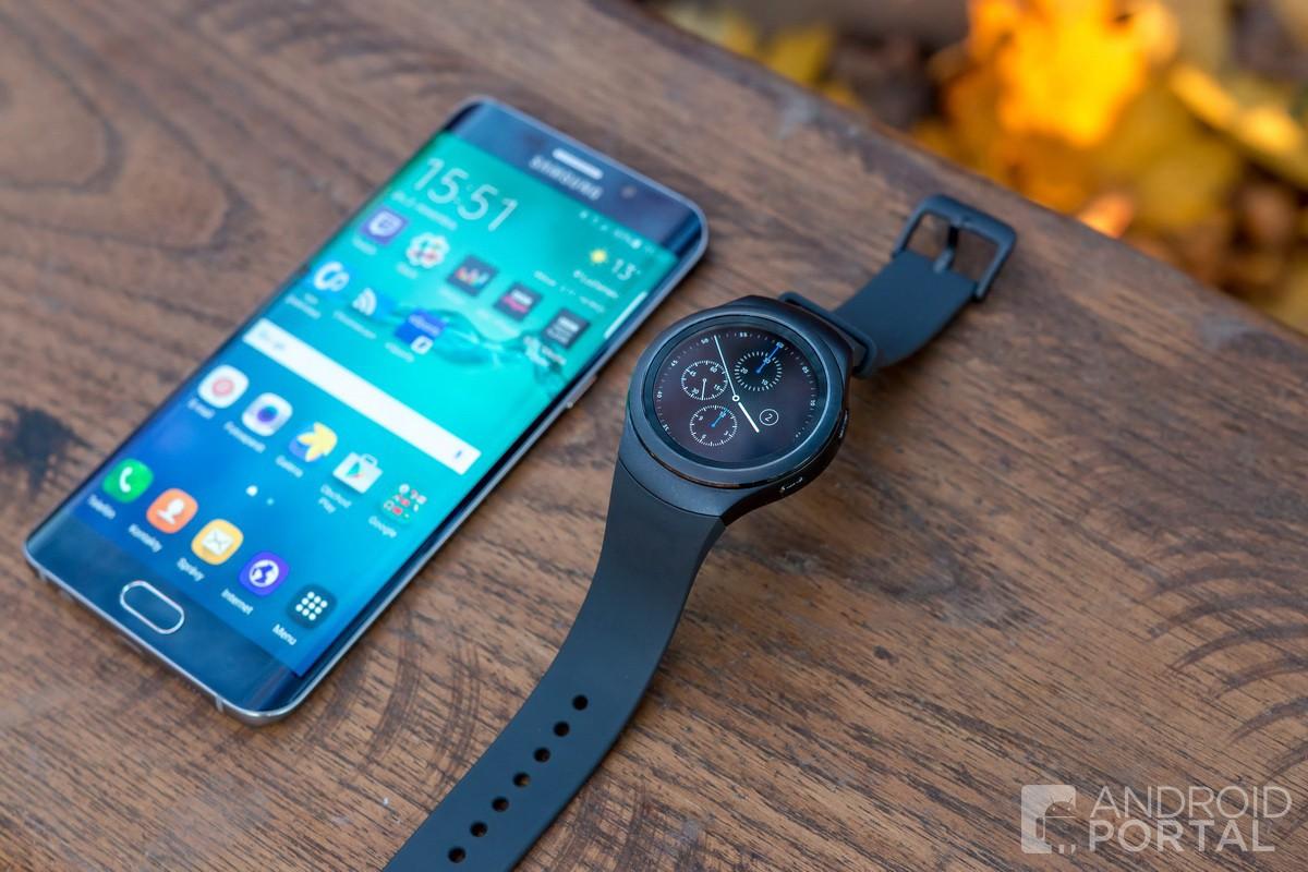 Samsung Galaxy S6 edge+ a Gear S2