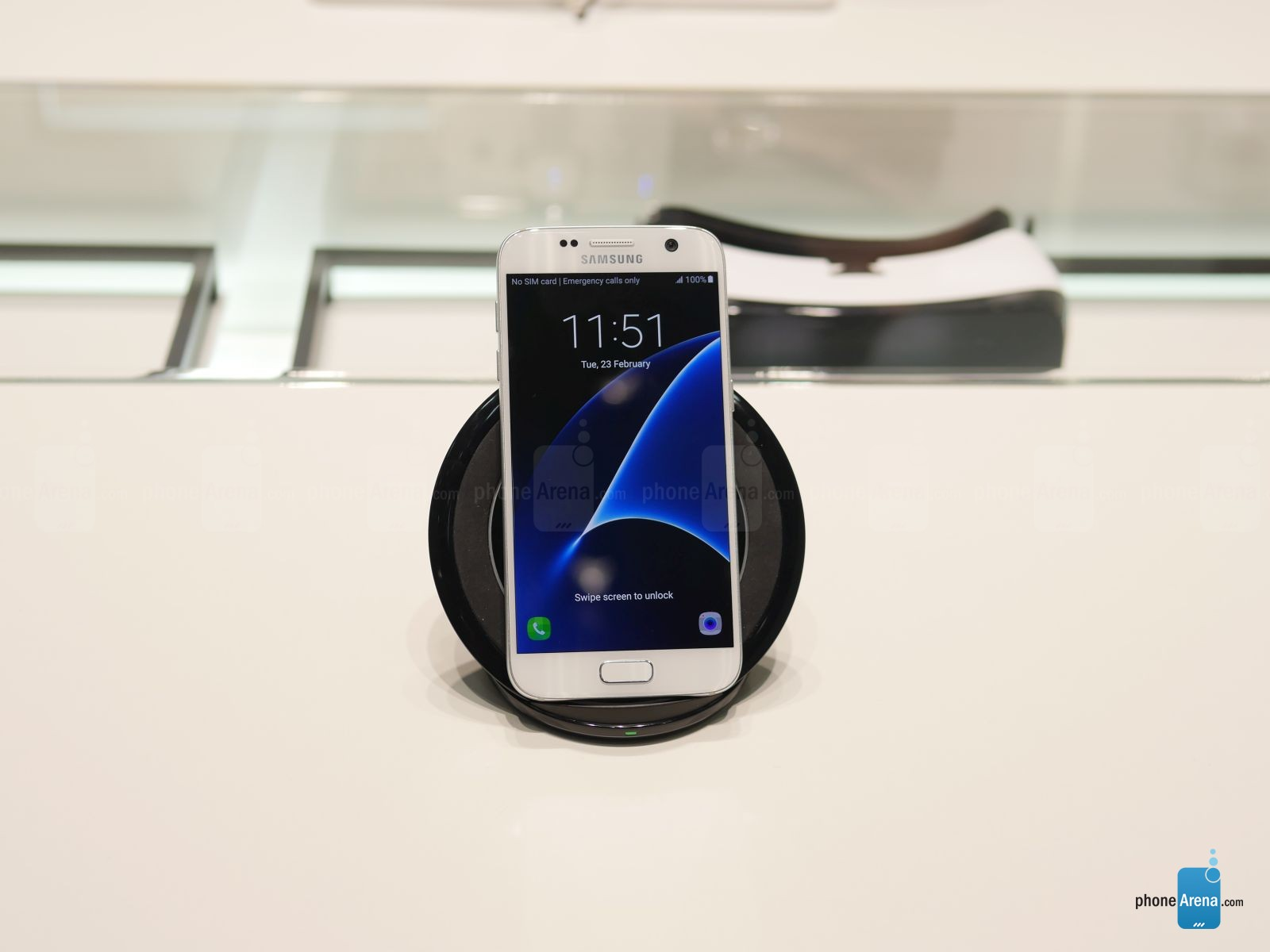 Samsung-Wireless-Charger