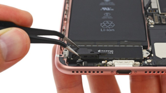 iphone-7-plus-ifixit-1