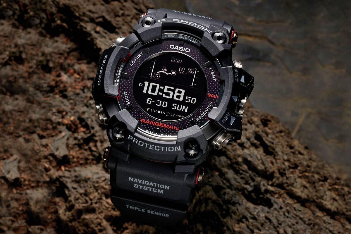 staré Inteligentné hodinky Casio G-SHOCK prichádzajú so vstavaným GPS a  čiastočným solárnym dobíjaním efe99d4ee71